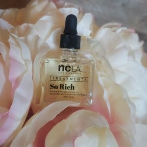 ncLA Treaments Cuticle Oil Horchata